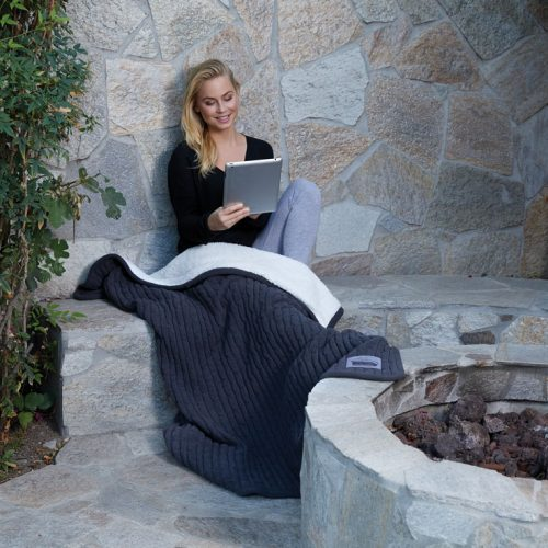 CableKnit-charcoal-firepit