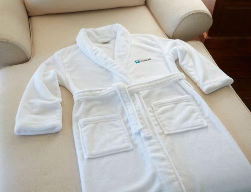 Plush-Lounge-Robe—White-(2)
