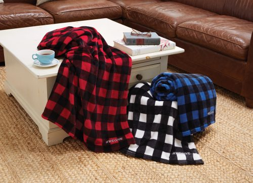 p18-Cabin Throw – Buffalo Check feature