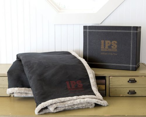 LTHR-Arctic-with-box